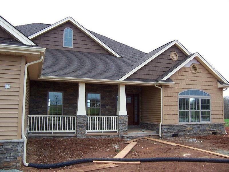 America 39 s home place custom springfield exterior shakes for Craftsman columns